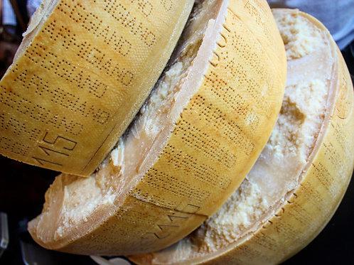 Parmigiano Reggiano 24mo, 4-6oz Piece