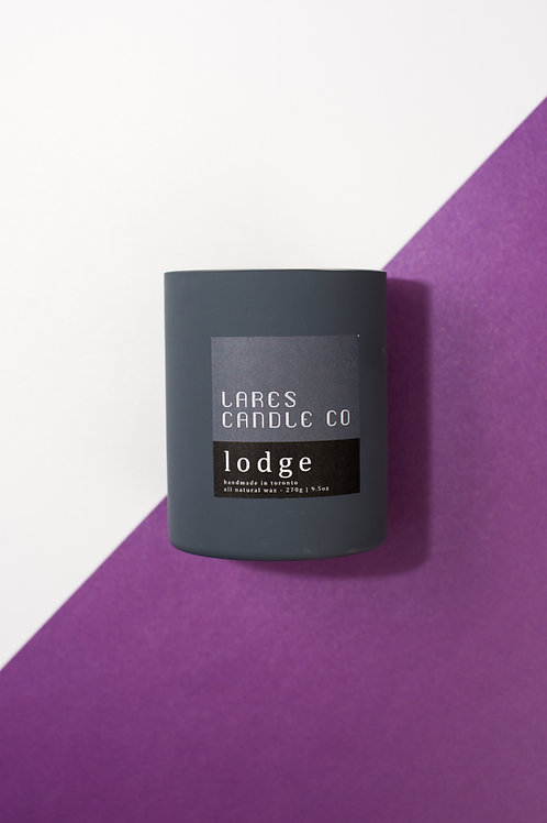 lodge - cognac, pine needles and sandalwood