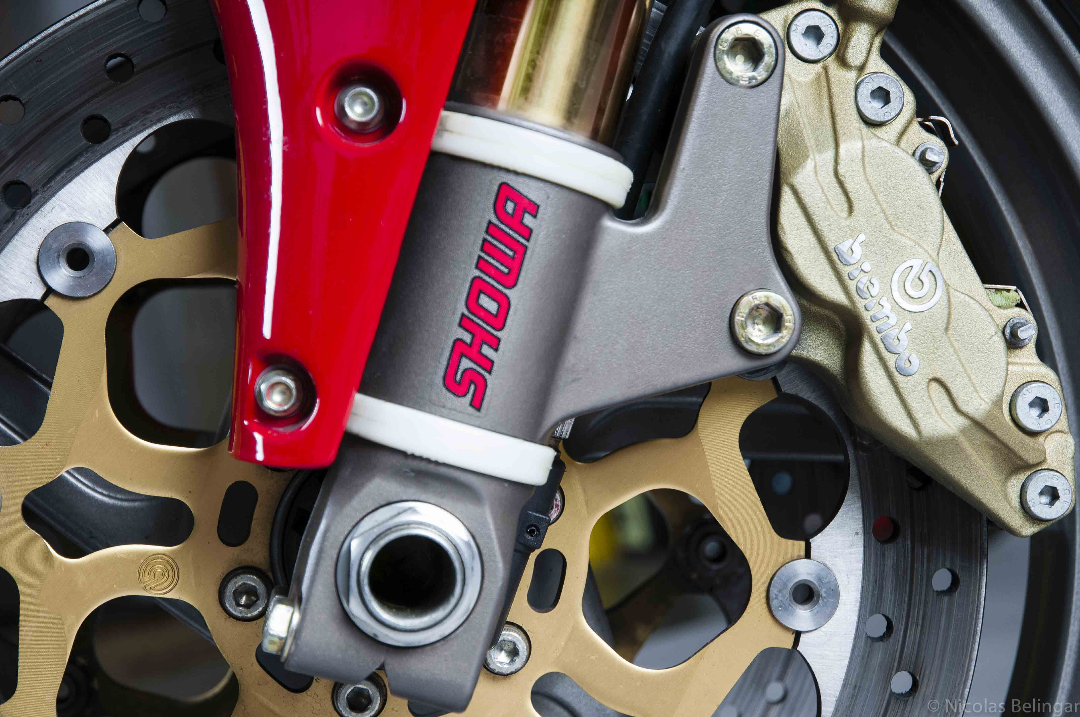 Ducati_996S_étrier.jpg
