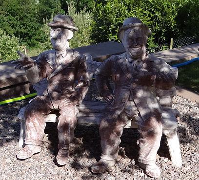 Trockeneissstrahlen - Skulptur vor der Trockeneiseinigung