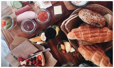 Köln: Café Buur – Frühstück mit Pfännchen