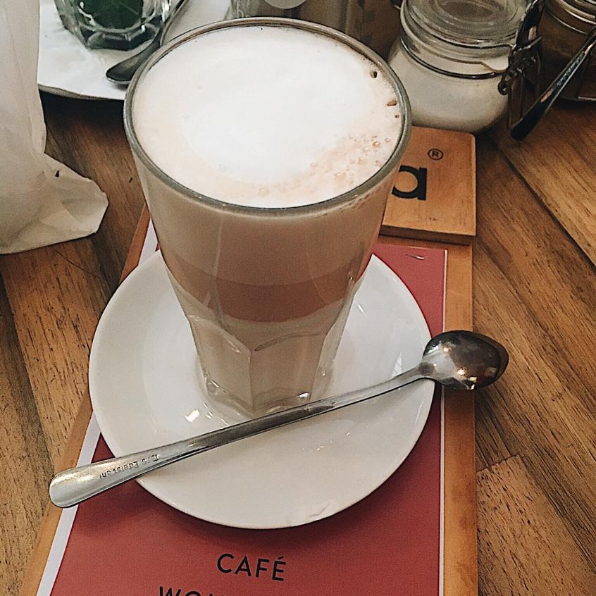 Café Wohnraum