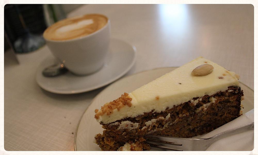 Der beste Kuchen Köln Cafés Nale Miss Päpki Dein&Mein Kaffeebud Yummy Blog Leuk Christin Otto