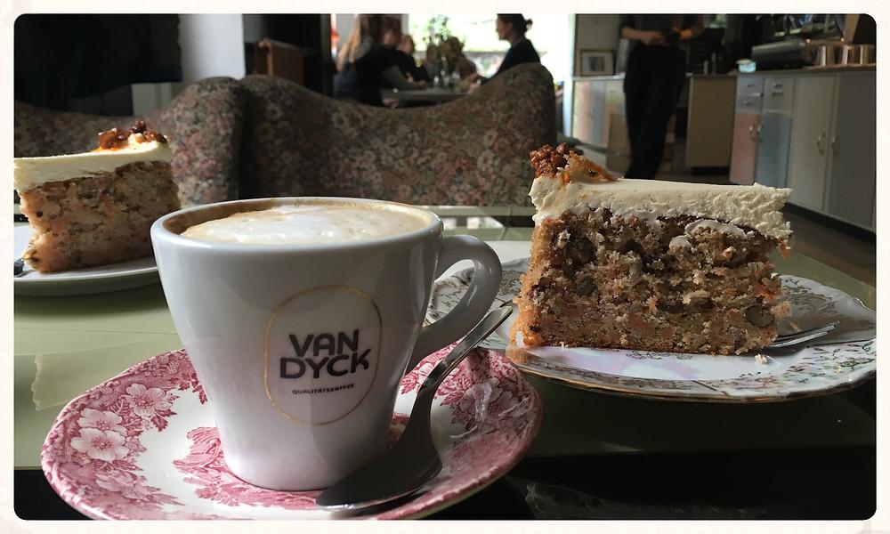 Café Walter, Köln, Südstadt, beste Cafés. Kuchen, Kult, Van Dyck, Blog, Christin Otto, Leuk