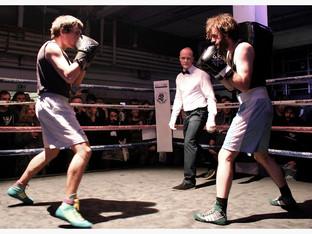 Zollstock: Ein bisschen wie Fight Club