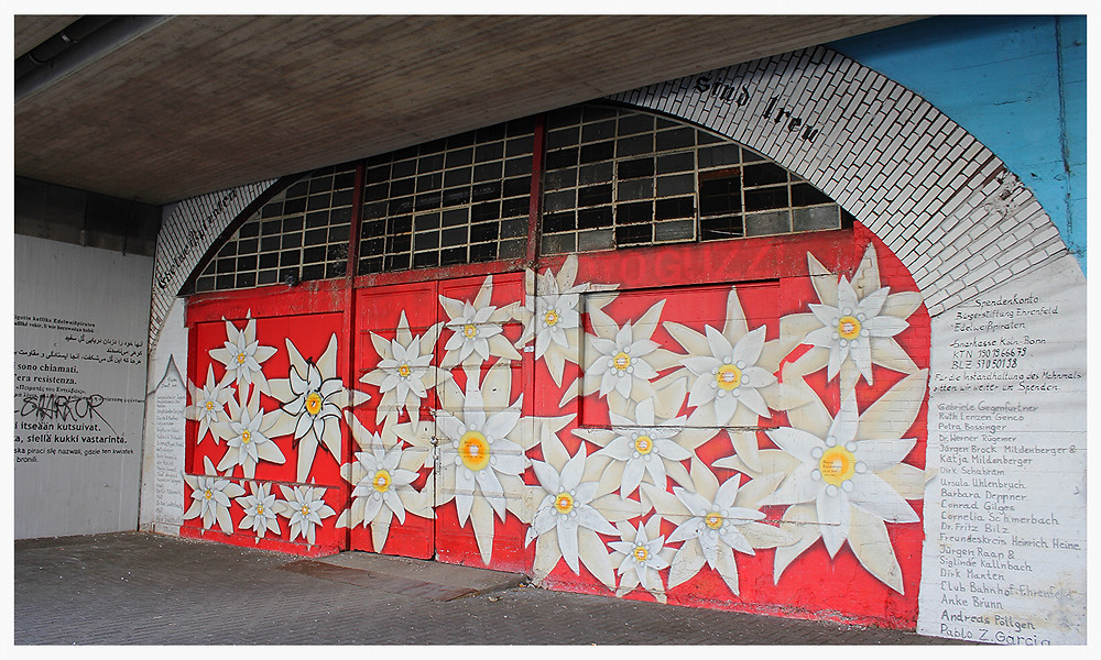 Street Art Köln Bahnhof Ehrenfeld Captain Borderline
