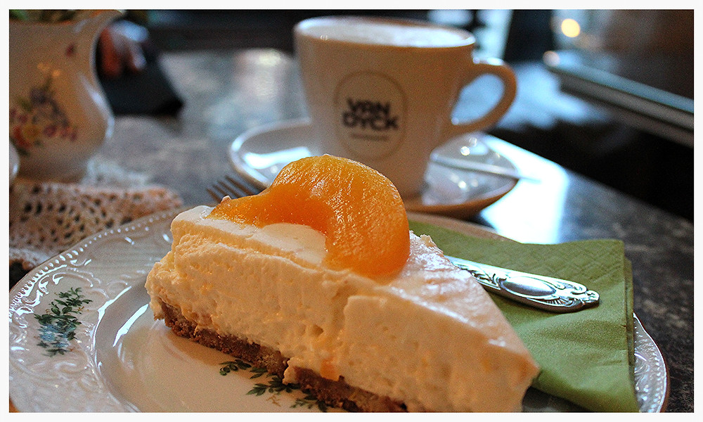 Café Fridolin Köln Ehrenfeld Kuchen Vintage Retro