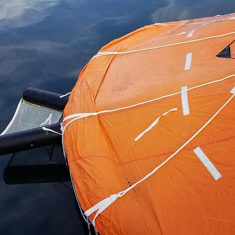 SOLAS life raft