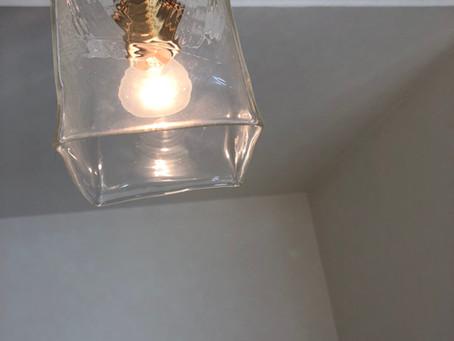 サロンの照明