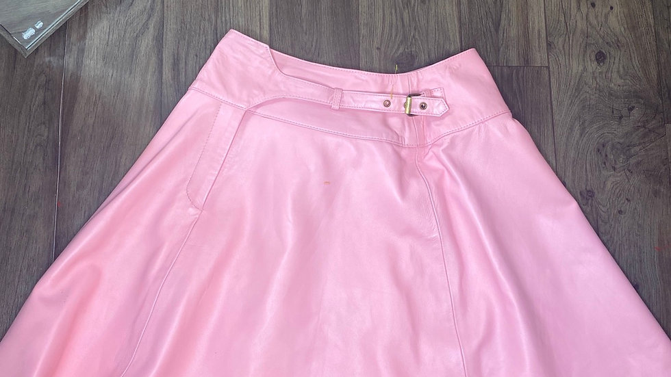 Custom made bubble gum leather skirt size 1X