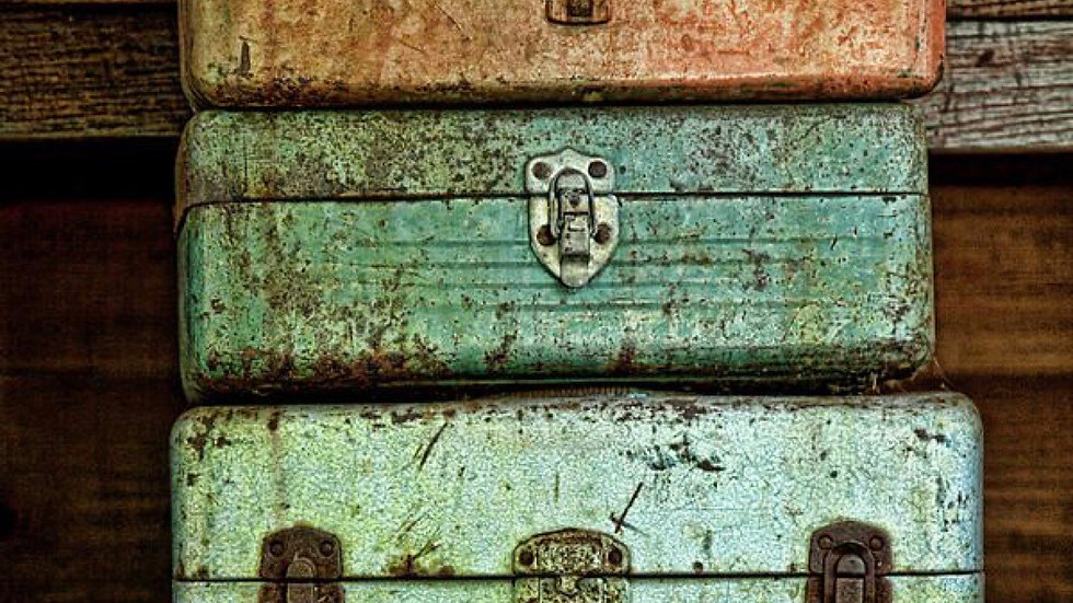 Treasure box (vintage finds only)