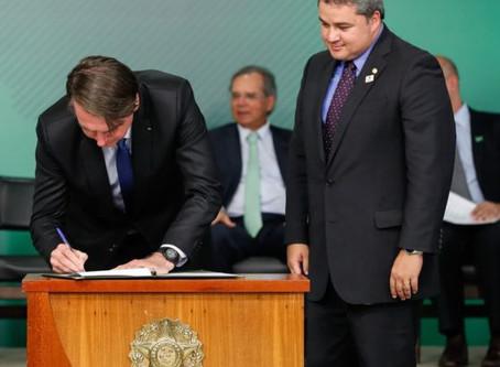 Presidente Bolsonaro sanciona lei que libera o uso da Telemedicina