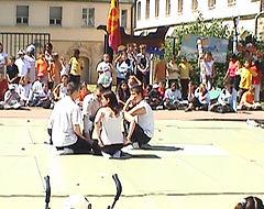 Troupe d'improvisation théâtrale - Festival à Chelles ouvert devant la mairie de Chelles le 1 juin 2006