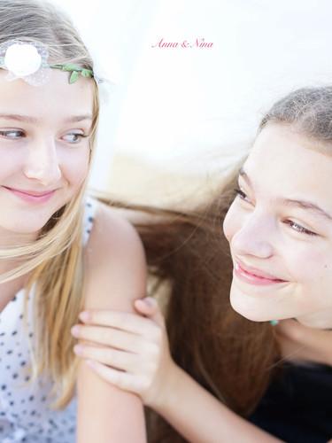 Nina & Anna