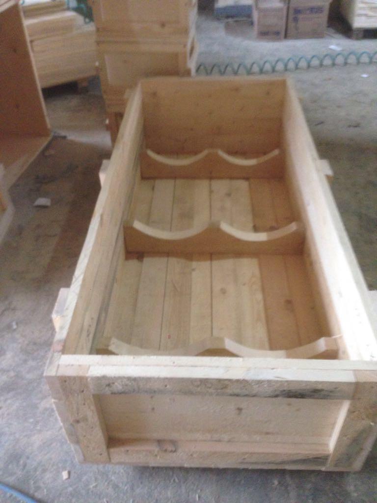 деревянный ящик для газовых баллонов