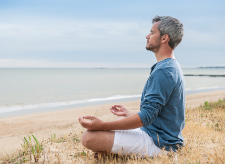How to practice meditation on living kindness simply?