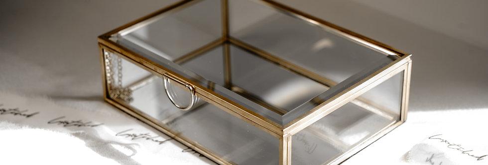 Medium Display Box