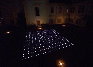 Loucen Light Maze