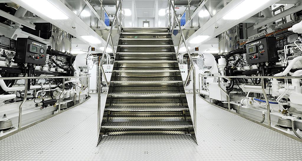 Ollrich Yachts - Engine
