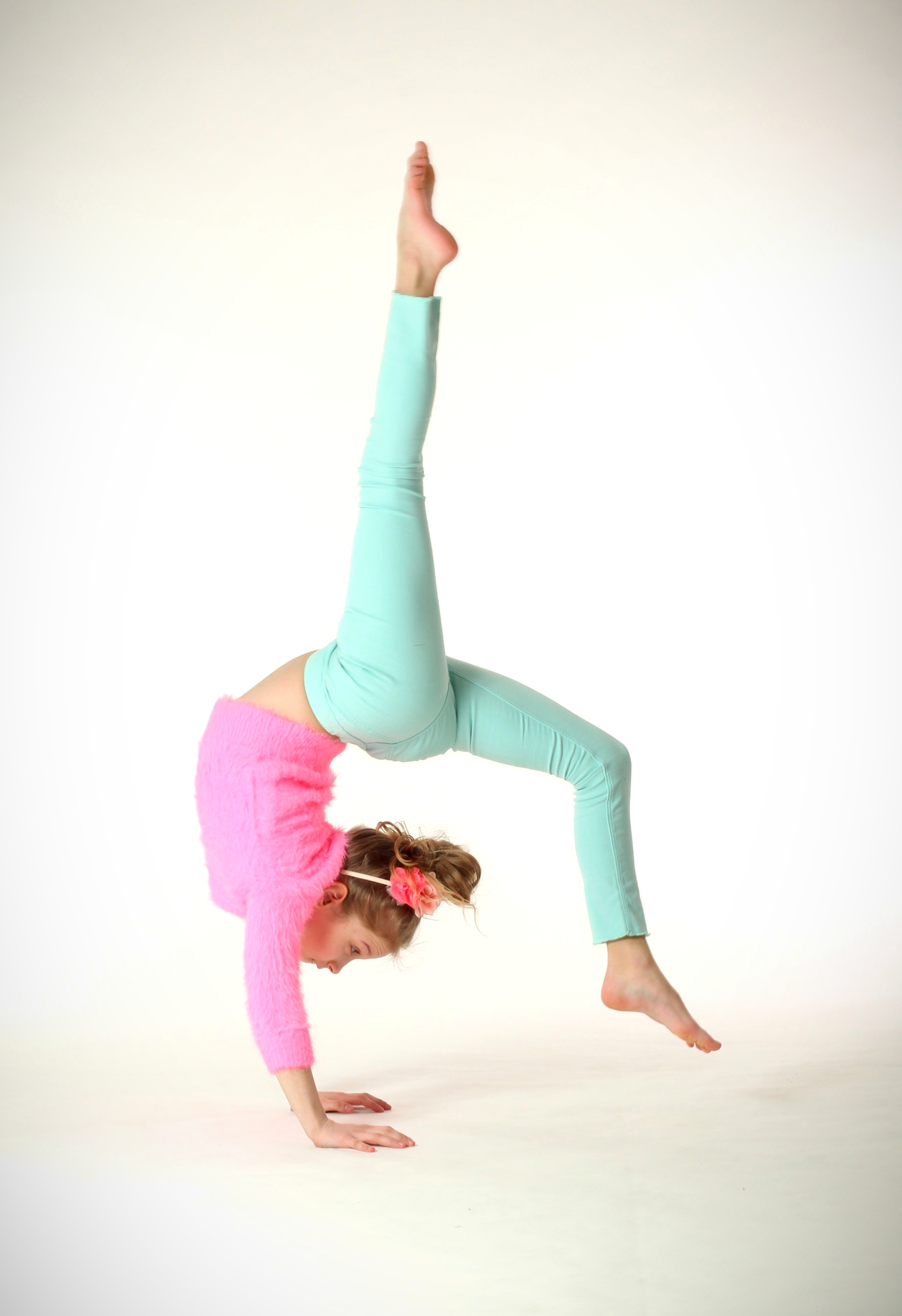 Akrobatyka 8-10 lat