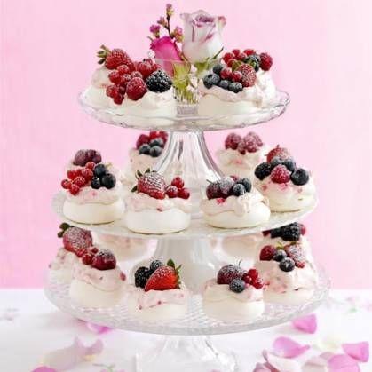 summer meringues for a wedding cake