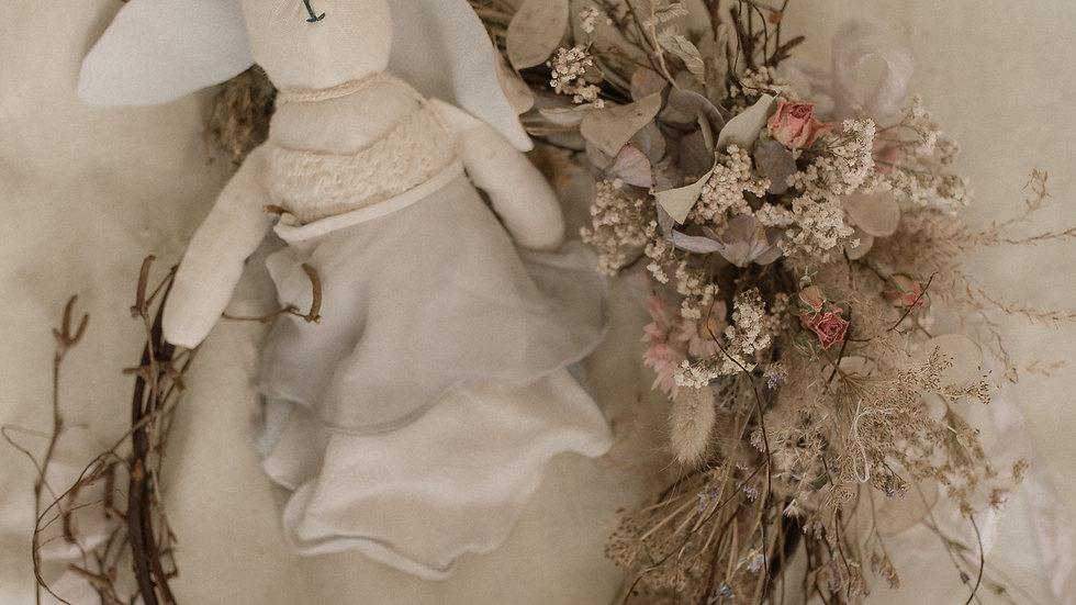 Plain Bride Bunny (no dress)