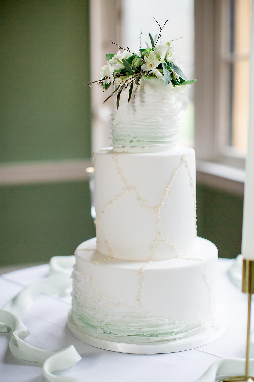 custom cake boutique luxury wedding cake