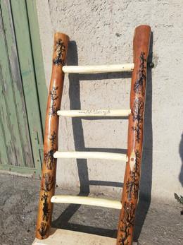 kreative Holzleiter Robinie