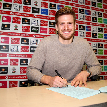 New Southampton Contract for Stuart Armstrong