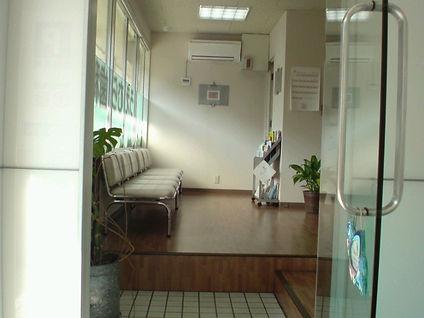 博多駅南うえむら歯科待合室