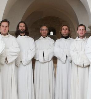 Sedm dní na Karlově univerzitě a Schola Gregoriana Pragensis s Davidem Ebenem