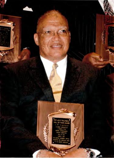 Photo - AB Whitfield - award recipeint.p