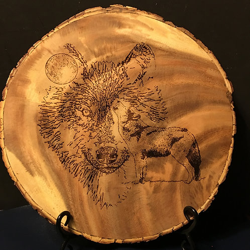 12 in. diameter Acacia Wood round with Wolf Head & Wolf Howl Etch Only.
