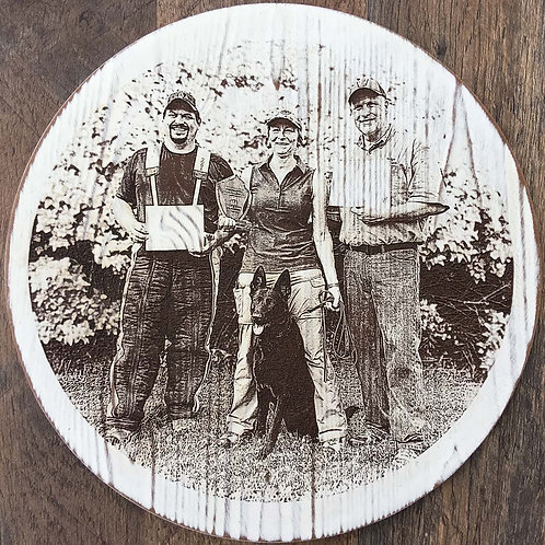 10 in. Diameter Distressed White Wash Charger with Single Photo Engrave Image.