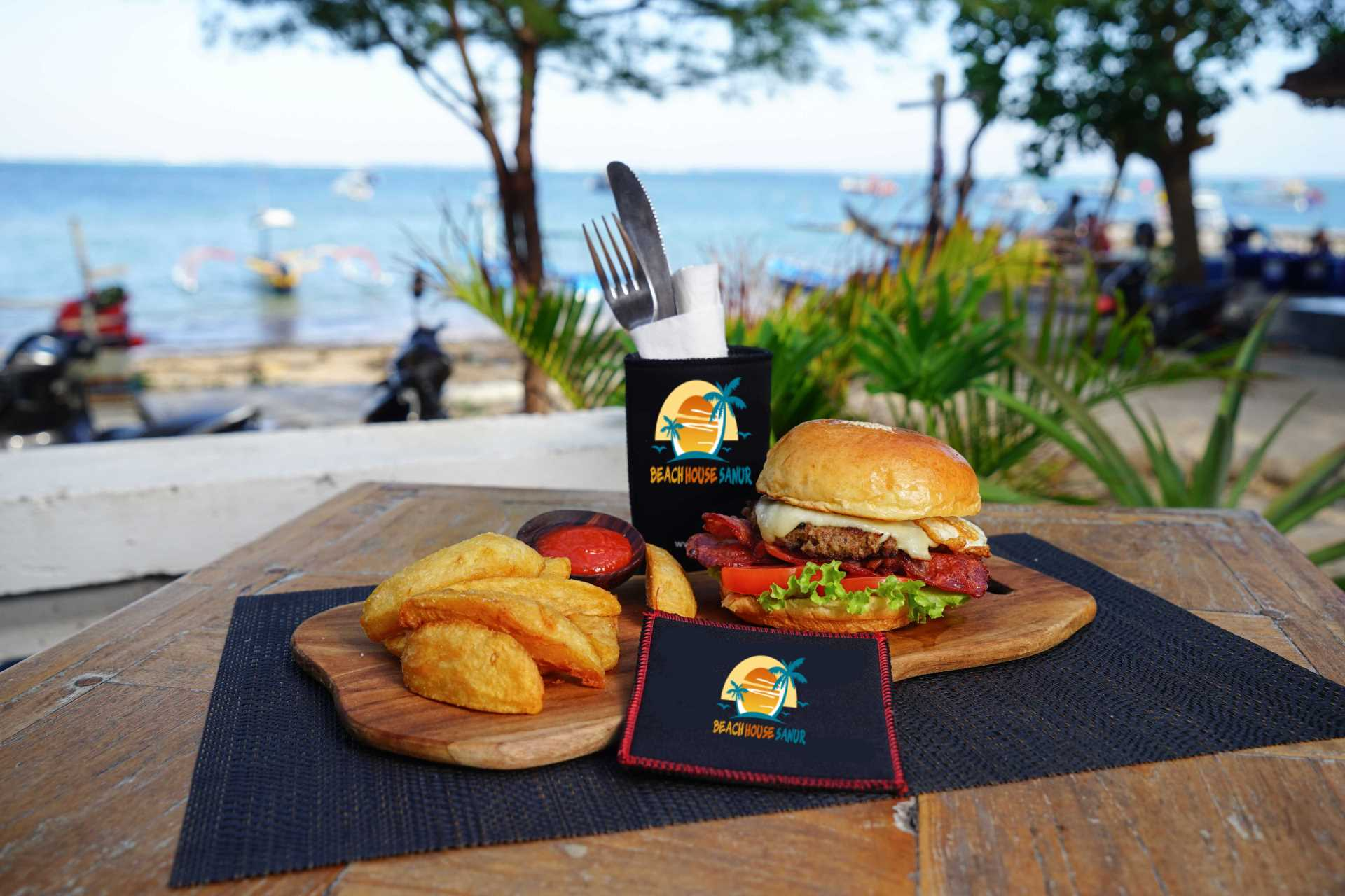 Beach House Sanur | Burgers