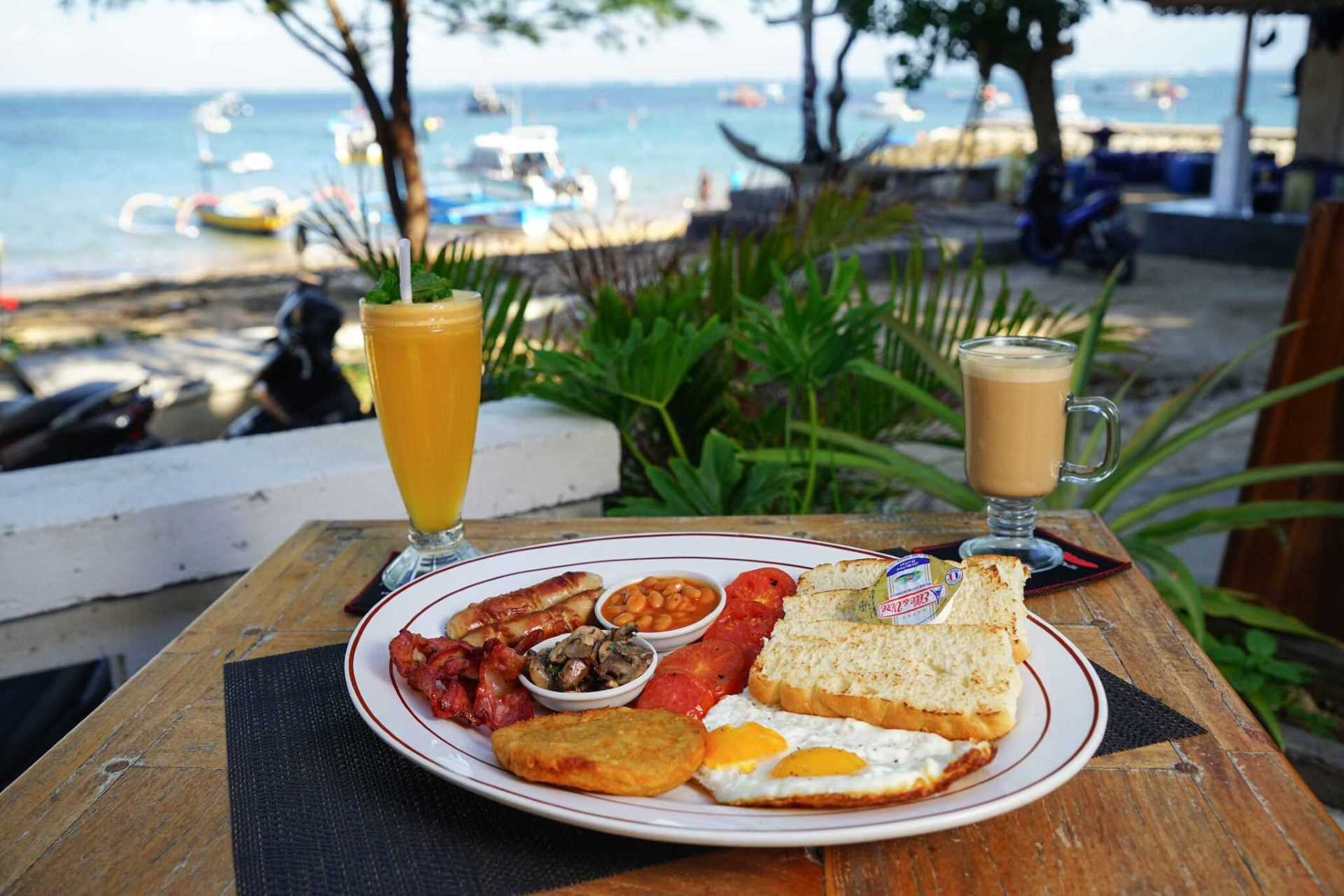 Beach House Sanur | Breakfasts