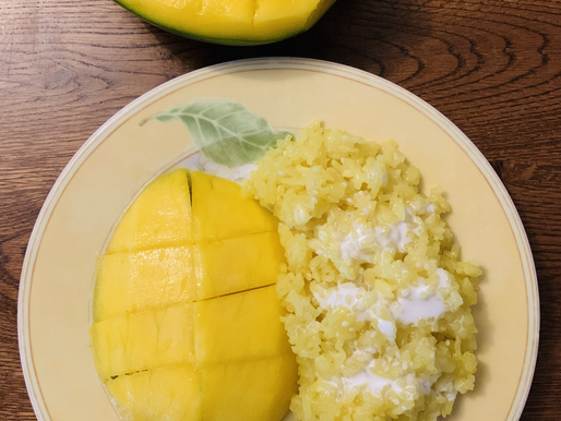 Yellow Sticky Rice with Mango