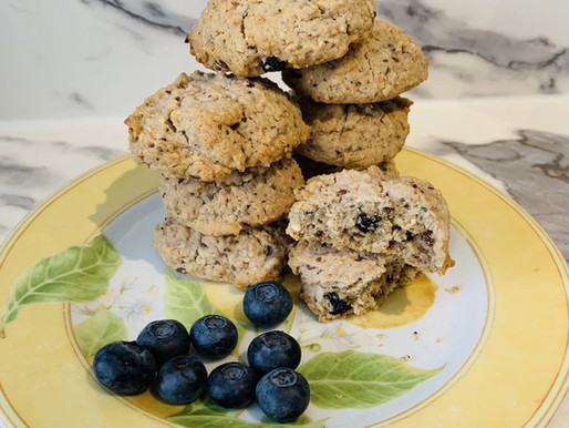Muesli & blueberry cookies