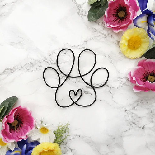 Wire Paw Print With Heart Sign
