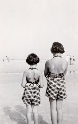 Anne and Margot at beach