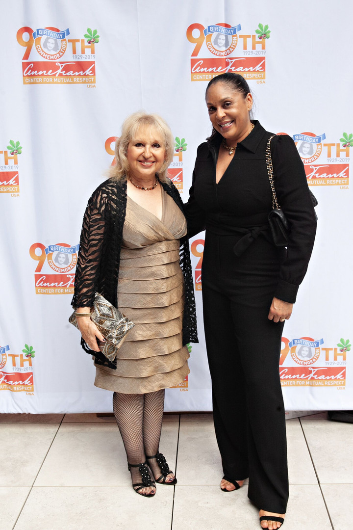 2019 gala gillian walnes perry - natasha