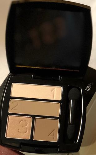 Avon Quad Eyeshadow (Avon True)