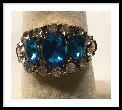 Beautiful blue & Rhinestones Gold tone Rine