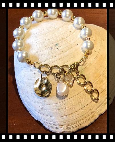 Gorgeous Gold Tone Bracelet