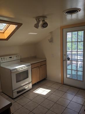 Kitchen & Patio