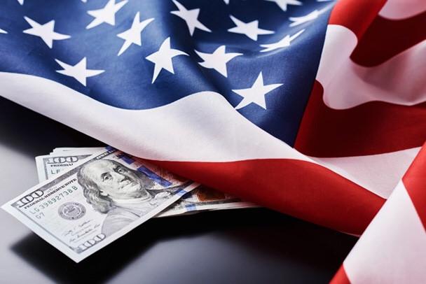 Czym płacić w USA? Poznaj najwygodniejsze rozwiązania