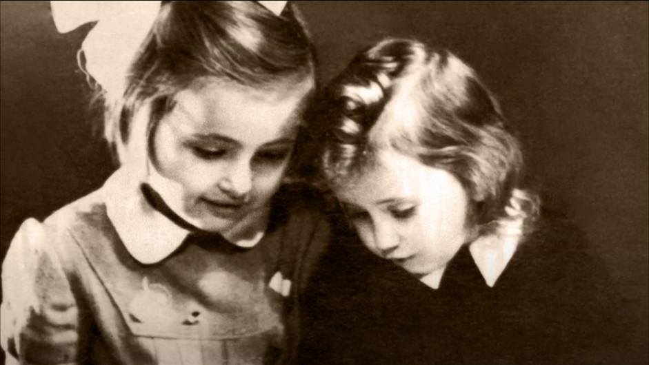 Judith and Miriam Weissfisch Unreich