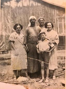 Sussmann Family Hosting Arab Friend