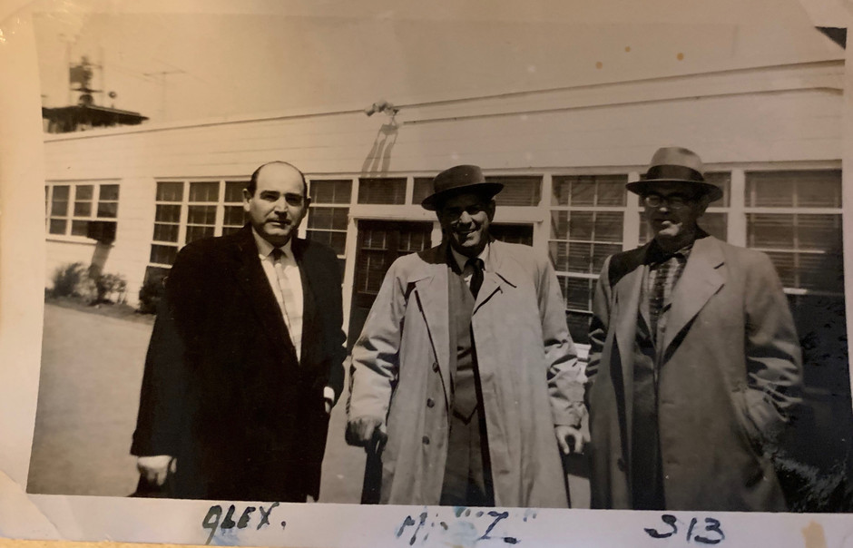 Zalman with his Brothers in the US