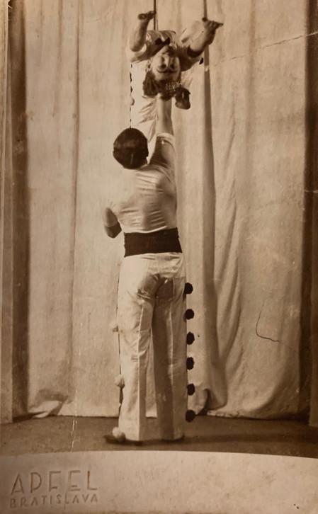 Zalman The Acrobat